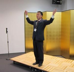 滝口幸一さんによる校歌指導