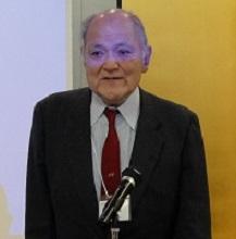 挨拶する伊藤会長