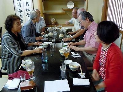 初参加の福田さんご夫妻(右手前)