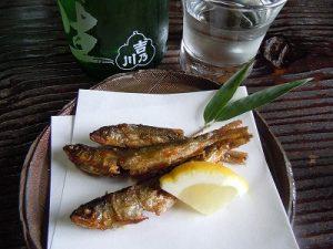 稚鮎の唐揚げは吉乃川生酒で