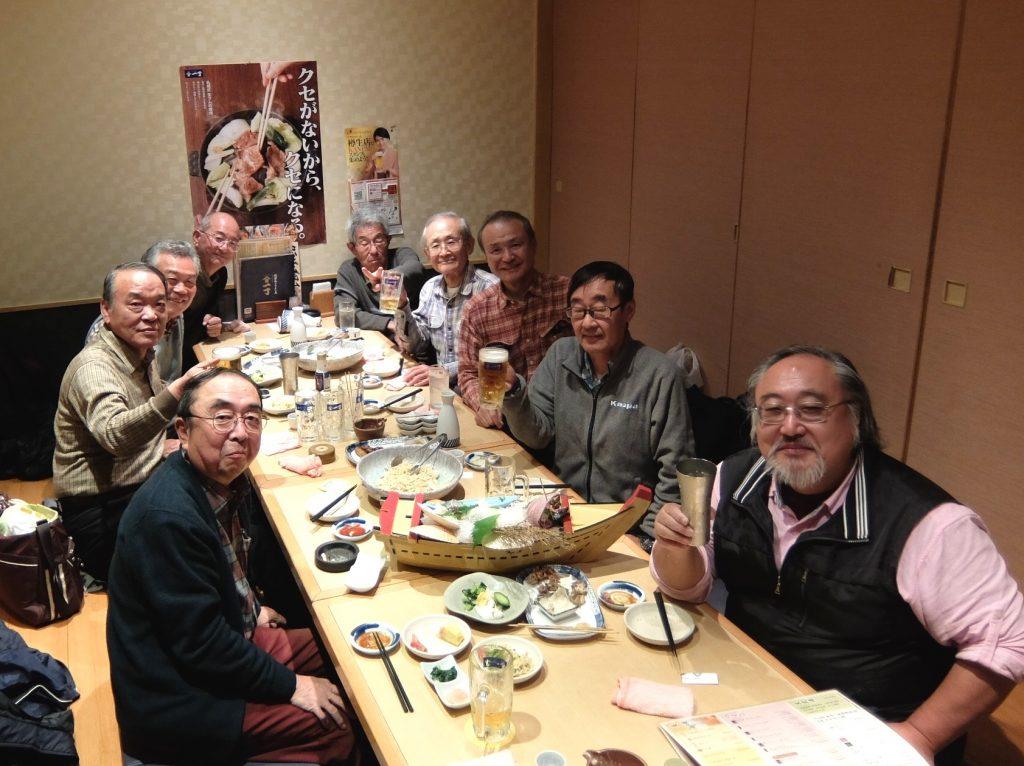 残念! 近隣の西東京稲門会との合同残念会。「魚や一丁」にて