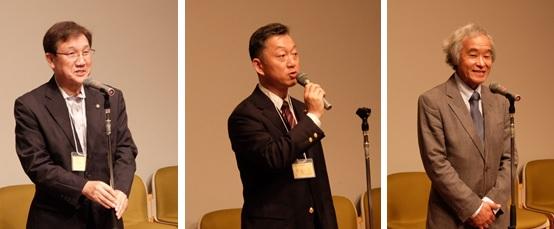 (左から)祝辞を述べる小林市長、滝口市議会議長、吉川小平三田会会長
